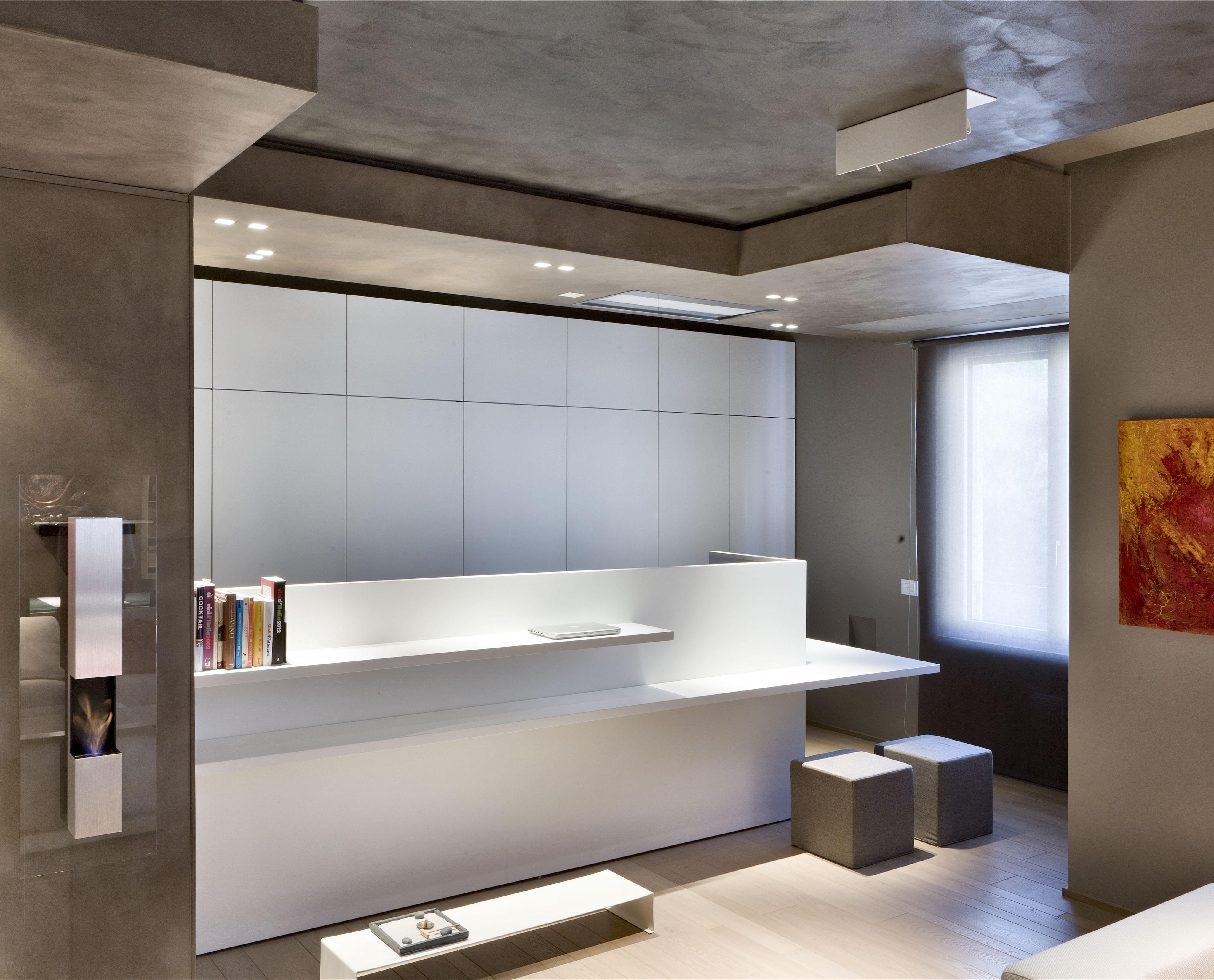 Trilocale in vendita a milano centro via carducci for Appartamento stile newyorkese