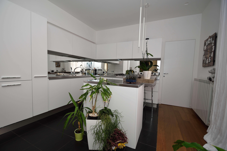 Bilocale via bramante sarpi milano 8 cucina agenzia immobiliare sesto san giovanniagenzia - Percentuale agenzia immobiliare tecnocasa ...